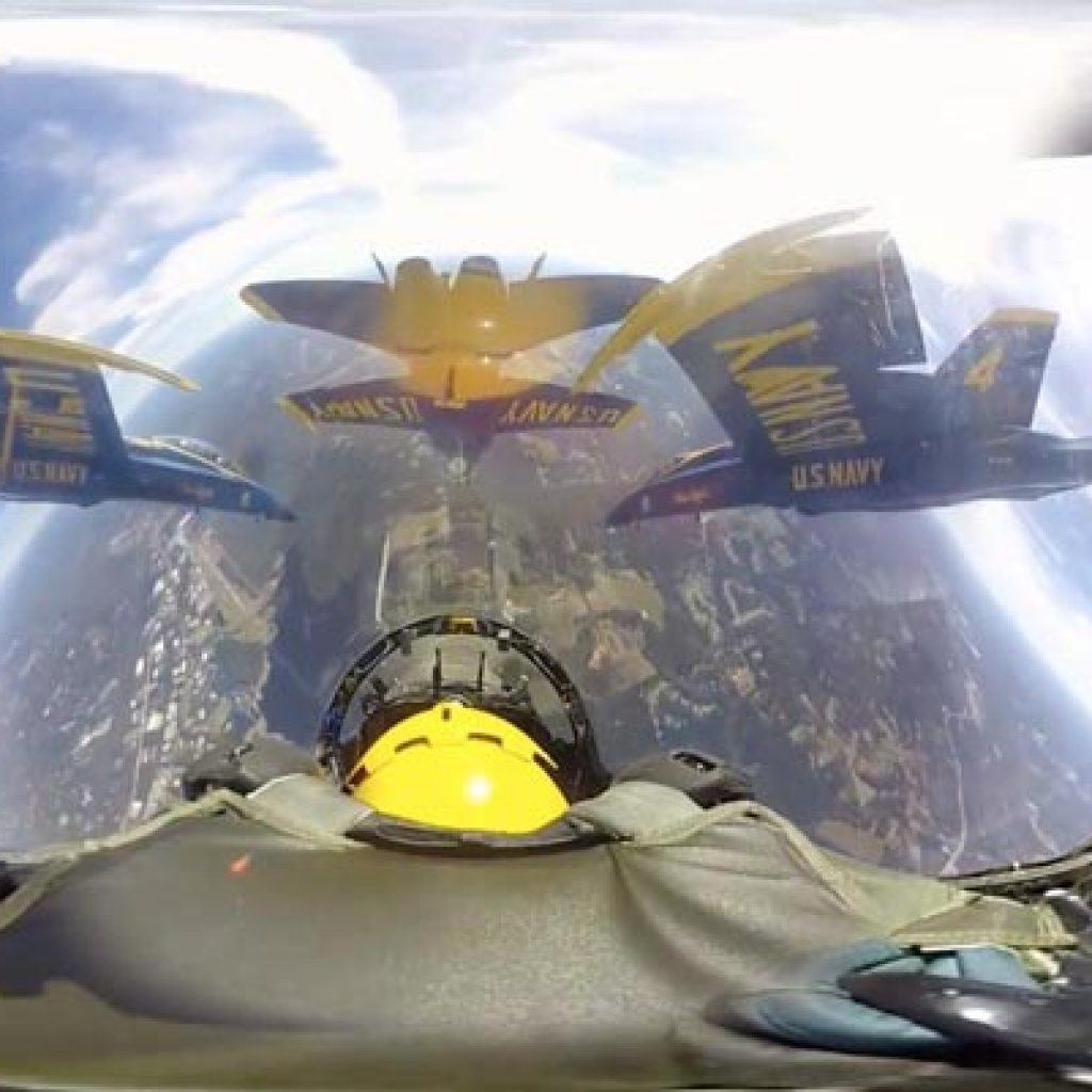 VR movie Blue Angels